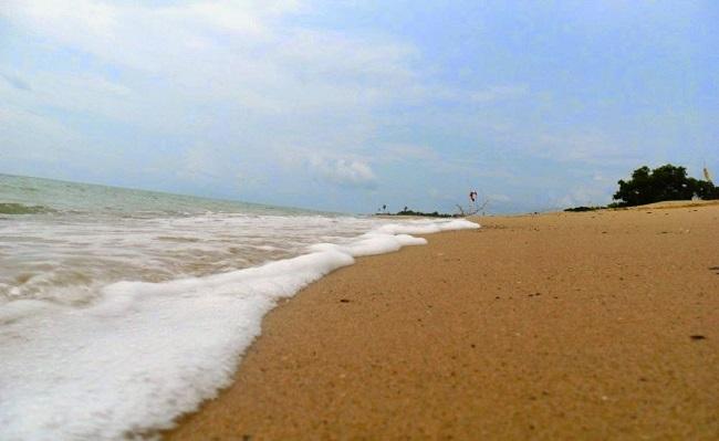 Pantai di Madura dengan Pesona Luar Biasa Tiada Dua-cover
